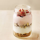 Mason jar breakfast parfait Stock Photography