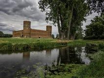 Masovian公爵和Lydynia河城堡在切哈努夫在波兰 库存图片