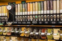 Masowi jedzenia i Ważyć skala Zdjęcie Stock