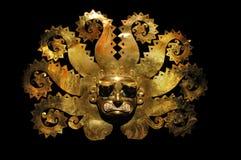 Masque antique péruvien fabriqué à partir de l'or et le zaphire photos stock
