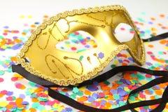Masque avec des confettis Photographie stock libre de droits