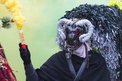 Masque avec le klaxon et le chapeau à la province d'Aliano de Matera Image libre de droits