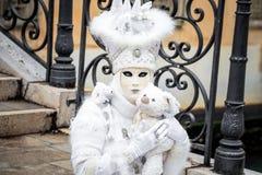 Masque carnaval blanc de Venise avec le jouet Image stock