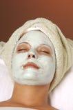 Masque de massage facial de beauté de station thermale photo libre de droits