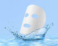 Masque de massage facial de tissu Photos libres de droits