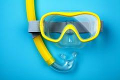 Masque et tube naviguants au schnorchel Images libres de droits