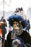 Masque vénitien traditionnel de carnaval Image stock