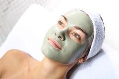 Masque vert de fines herbes photographie stock libre de droits