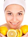 Masques faits maison normaux de massage facial de fruit. Image libre de droits