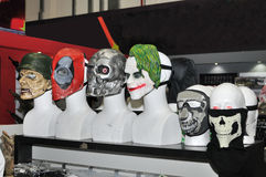 Masques protecteurs à vendre à la boutique Image libre de droits