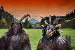 Masques traditionnels alpins de Krampus Photo stock