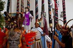 Mass för helig vecka av härlighet i Alangasi, Ecuador Royaltyfri Foto