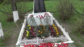 Mass grave of soldiers died in the great Patriotic War. Moscow, village Uzkoe. Shooting date 7 may 2017. Panorama with. Mass grave of soldiers died in the great stock video