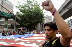 Mass protest greeted US President Barack Obama in Philippines Stock Photography