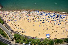 Free Mass Tourists At Oak Street Beach In Chicago, IL. USA Royalty Free Stock Photography - 151326477