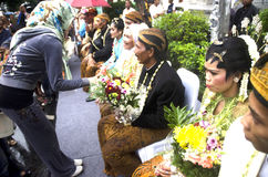 MASS WEDDING FOR POOR INDONESIAN Stock Photos
