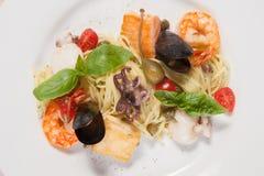 Massa com alimento de mar Fotografia de Stock Royalty Free