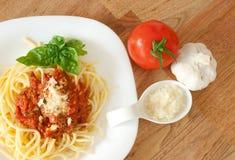 Massa com molho de tomate Fotos de Stock Royalty Free