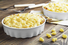 Massa cozida com queijo imagens de stock royalty free