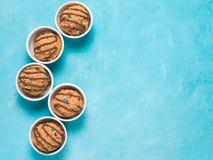 Massa crua comestível da cookie do monstro Imagem de Stock