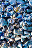 Massa de latas de cerveja esmagadas foto de stock royalty free