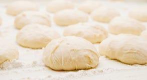 Massa de pão para os rissóis Fotos de Stock Royalty Free