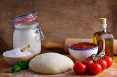 Massa de pão da pizza Imagens de Stock