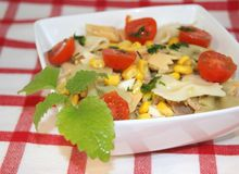 Massa fresca da salada Fotos de Stock