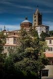 MASSA MARITTIMA, ITALIEN - Maj 14, 2017: medeltida stad i Italien, t Royaltyfria Foton