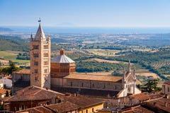 Massa Marittima jest antycznym miasteczkiem blisko Siena, Włochy obrazy royalty free