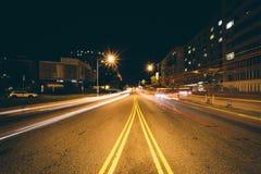 Massachusetts-Allee nachts, bei Scott Circle Park, in Washingt Stockbild