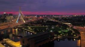 Massachusetts Boston a noite aérea 4K do julho de 2017 inspira 2 vídeos de arquivo