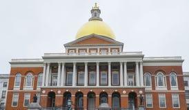 Massachusetts tillståndshus i Boston - BOSTON, MASSACHUSETTS - APRIL 3, 2017 Royaltyfri Fotografi
