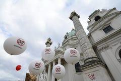 Massademonstratie tegen CETA en TTIP in Wenen Royalty-vrije Stock Foto