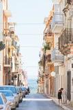 Massafra, Apulien - 31. MAI 2017 - Autos und Ureinwohner in stockfoto