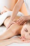 Massage bij gezondheidsclub royalty-vrije stock afbeelding