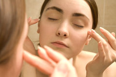 Massage de femme Images libres de droits