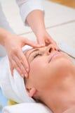 Massage de front Photo stock