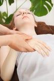 Massage de main Images libres de droits