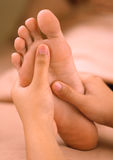 Massage de pied de station thermale Image libre de droits