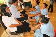 Massage de réflexothérapie, demande de règlement de pied de station thermale, Thaïlande photo libre de droits