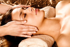 Massage de visage Images stock