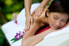 Massage des mains Image stock