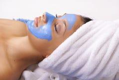 Massage facial de détente image stock