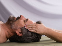 Massage facial de station thermale Photo stock