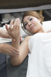 Massage-Reihe: Handmassage stockfotos