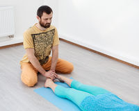 Massage und Rehabilitation Stockfotografie