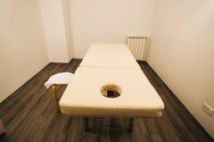 Massagebett Stockbild
