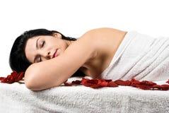 massagebrunnsortkvinna royaltyfria bilder