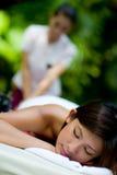 Massagem ao ar livre foto de stock royalty free